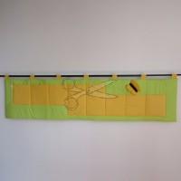 Kapsář za postel -  MOTÝL ŽLUTÝ na zeleném