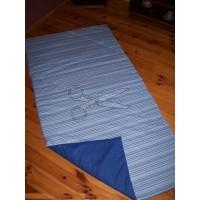 Přehoz na postel - PRUHY modré tmavé